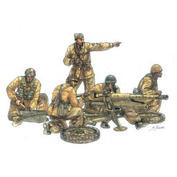 Plastikový model figurek Cannone da 47/32 Mod.39 with crew (1:35) - Italeri 6490